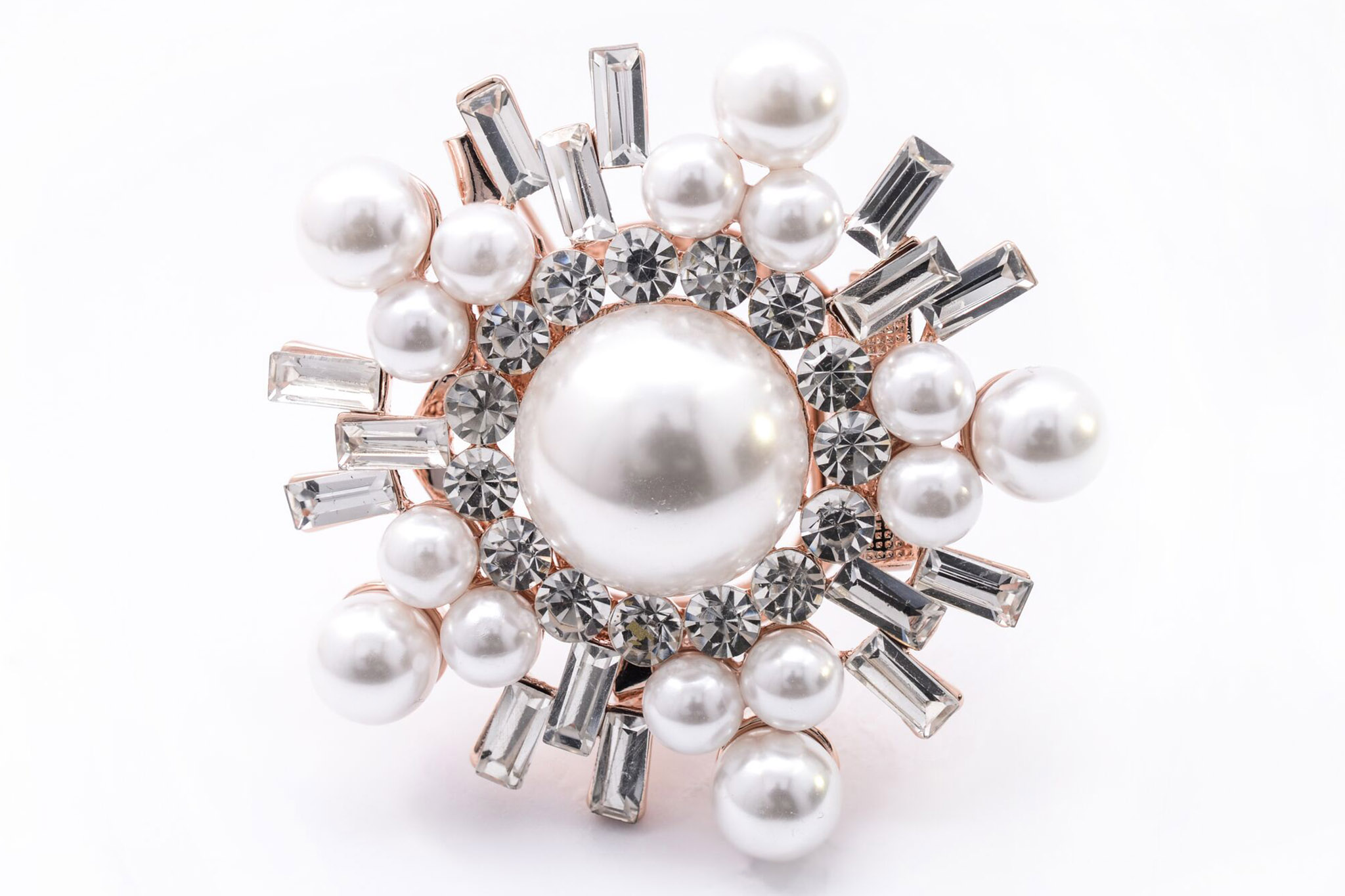 Brooches are back in vogue